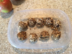No Bake energy bites, oatmeal balls